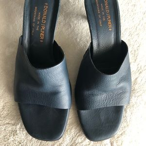Donald J. Pliner navy leather sandals